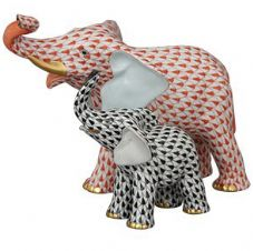 Herend Porcelain Fishnet Figurine of a Mother and Baby Elephant